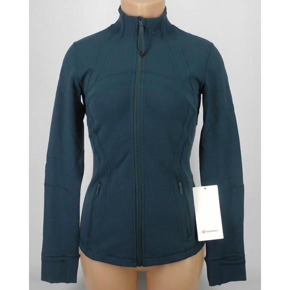 Size 6 lululemon Define jacket. Submarine color